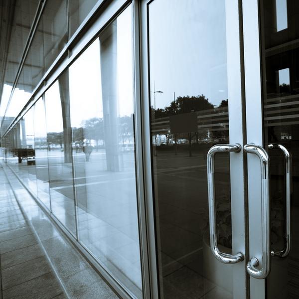 Тонировка стеклянных дверей в Евпатории - Shadow